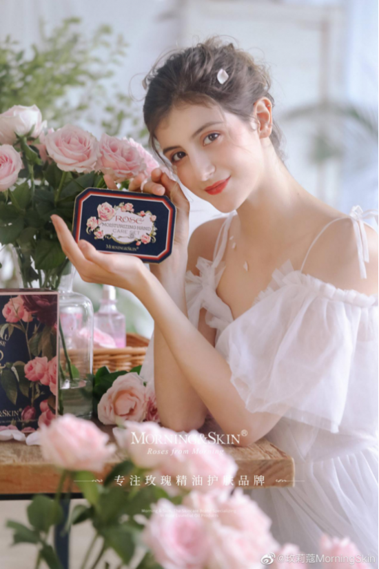 秋冬时节,玫莉蔻护手霜已经开始热卖,分享这款经典单品